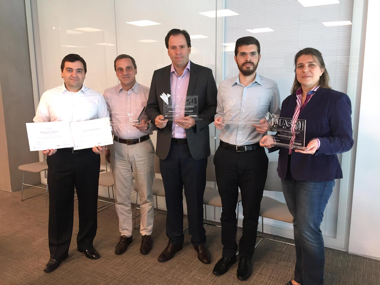 ITAÚ ASSET MANAGEMENT Brasil Ganador Grand Prix ALAS20 2016